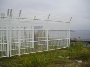 ファイバーフェンス施工例写真